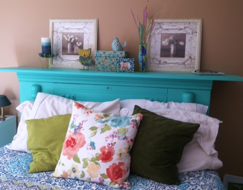 This bright turquoise stands out against the neutral wall paint.